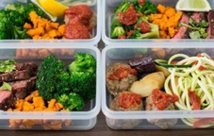 Con chậm cao lớn bởi 6 sai lầm dinh dưỡng của cha mẹ