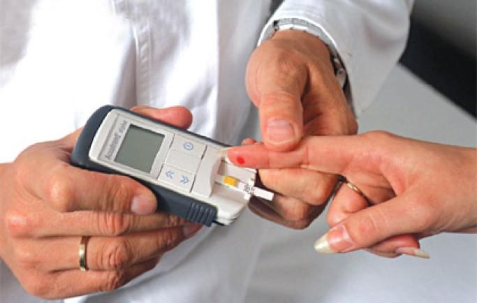 Cách kiểm soát đường huyết cho bệnh nhân tiểu đường