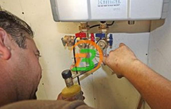 Chuyên gia mách bạn quy trình bảo dưỡng sửa chữa bình nóng lạnh