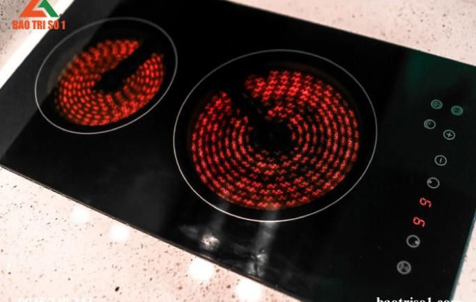 Dịch vụ sửa bếp từ tại nhà đảm bảo khắc phục lỗi dứt điểm lập tức