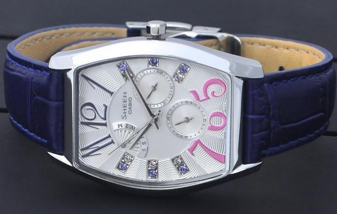 Đồng hồ nữ SHE-3026L-7A3 đầy sức hút bởi sự cách điệu lạ mắt dành tặng chị em