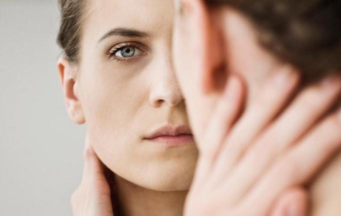 Mãn kinh sớm ở phụ nữ: tác hại, nguyên nhân và cách điều trị