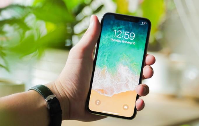 Nên chọn mua iPhone 8 Plus cũ hay X làm quà 20/10 ?