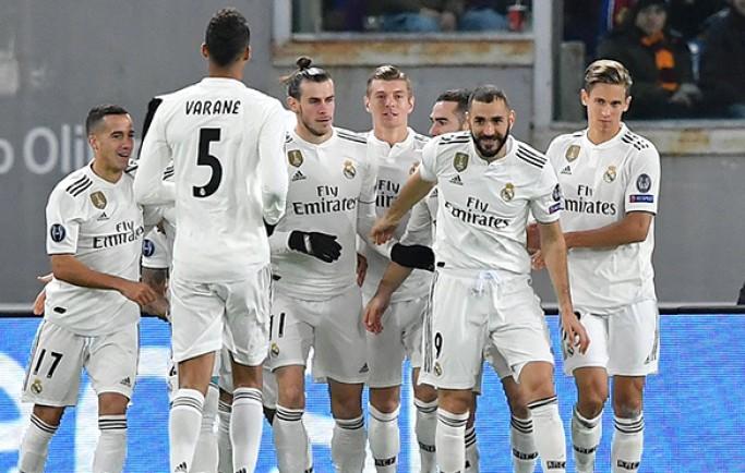 Real Madrid nhận 'món quà' từ Rome