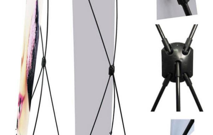 Standee X phổ thông được khách hàng ưa chuộng