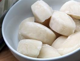 Tham khảo những cách làm trắng da từ sữa tươi