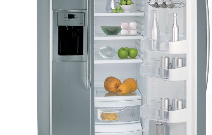 Thuê xe vận tải để chuyển chở tủ lạnh giá có đắt không?
