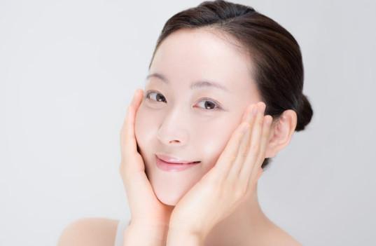 công dụng của Bộ sản phẩm trắng da mờ thâm nám cao cấp Sakura Nhật Bản