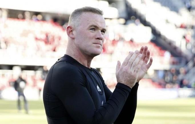 Fan 8live đưa tin:Sự kiện Wayne Rooney trở lại đội tuyển Anh gây tranh cãi dữ dội