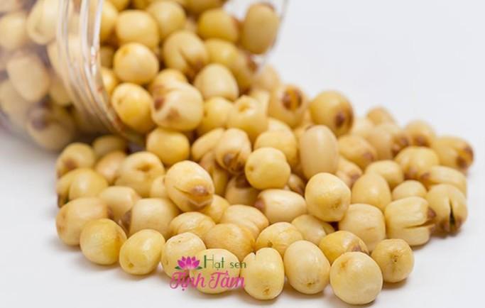 Hạt sen sấy giòn Tịnh Tâm mua ở đâu giá rẻ tại Ninh Thuận.