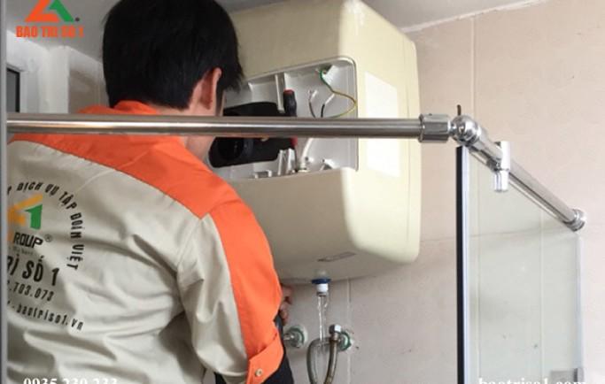 Nhận sửa chữa bình nóng lạnh tại nhà đảm bảo khắc phục lỗi ngay