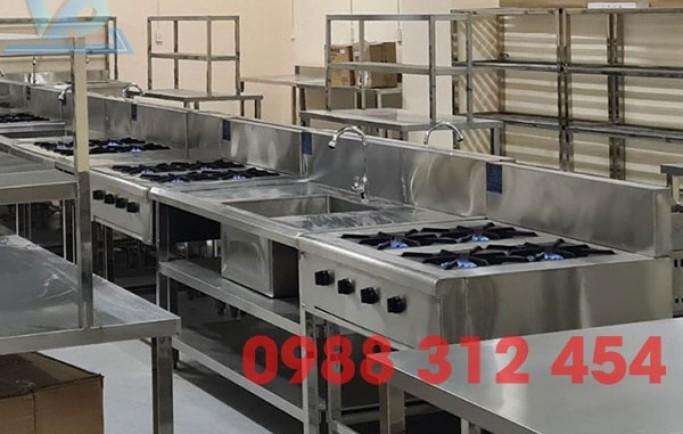 Tại sao lại cần có thiết bị bếp âu công nghiệp trong khu bếp chính nhà hàng, khách sạn?